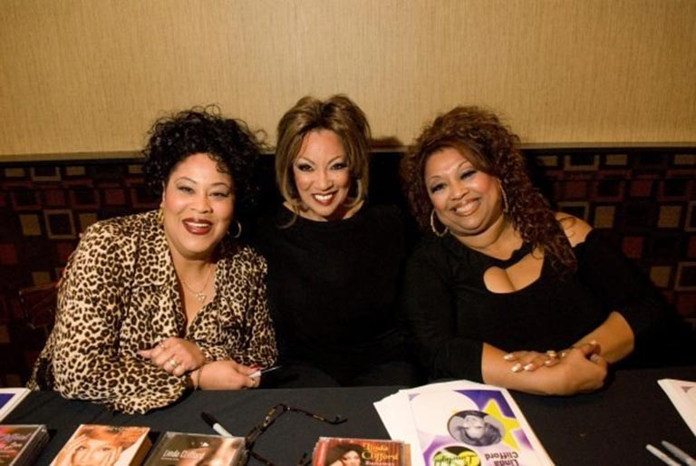 Martha Wash, Linda and Jeanie Tracey in Baltimore